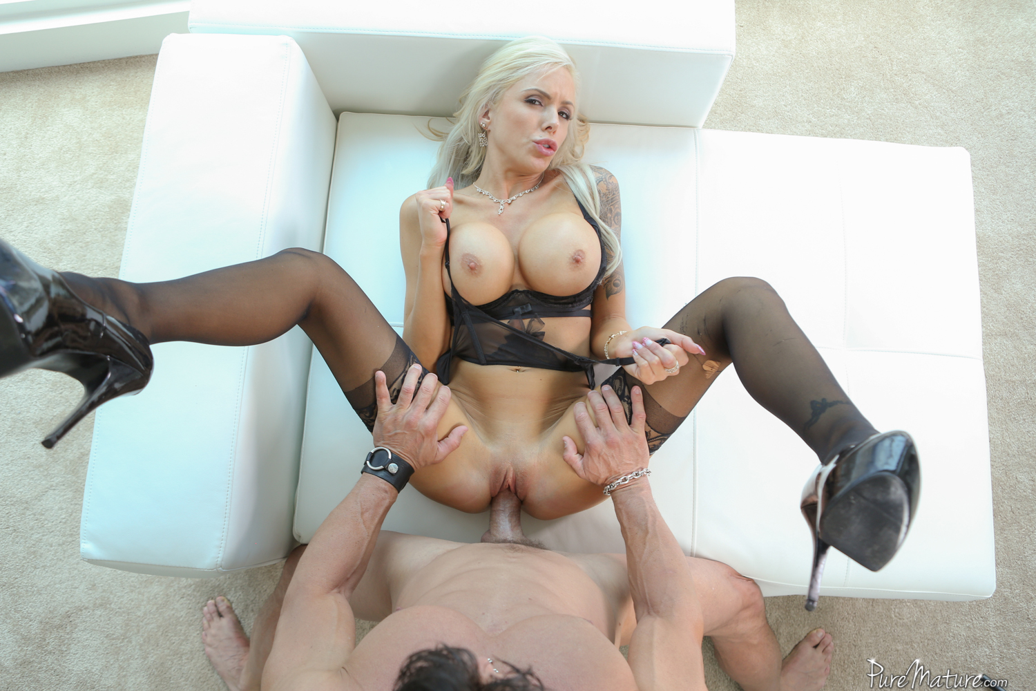 image Blonde 4 blonde spit squirt and orgasms